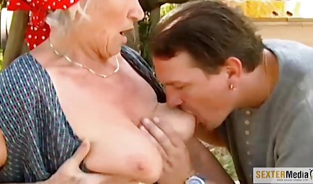 Outdoor public sex 60-jährige alte gratis videos Cheerleader sex